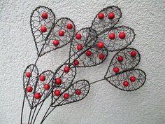 Wire Crafts, Metal Crafts, Copper Wire Art, Wire Wall Art, Diy Wind Chimes, Wire Flowers, Metal Garden Art, Wire Crochet, Heart Crafts