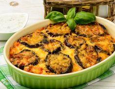 Recipe: lamb and potato moussaka Veggie Dishes, Veggie Recipes, Bademjan Recipe, Food Handling, Eggplant Parmesan, Comfort Food, How To Eat Less, Fruits And Veggies, Paella