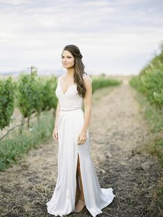 Tuscan-inspired summer bride: http://www.stylemepretty.com/little-black-book-blog/2016/05/03/inspired-by-tuscany-this-couple-recreated-that-magic-for-their-big-day/ | Photography: Coco Tran - http://www.cocotran.com/