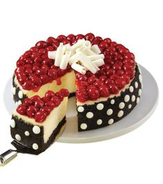 Polka Dot Cheesecake from Wilton Cake Decorating Taylor Kimbel Wilton Cake Decorating, Pretty Cakes, Cute Cakes, Cake Cookies, Cupcake Cakes, Just Desserts, Delicious Desserts, Cheesecake Recipes, Dessert Recipes