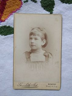 Antique Hungarian CDV/visit card, littl girl, Goszleth Budapest cca. 1900s' Budapest, Vintage Photos, Antiques, Cards, Ebay, Antiquities, Antique, Maps, Playing Cards