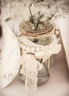 tischdekoration hochzeit weiße spitze perlen diy vase