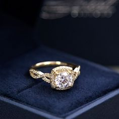 A beautiful custom #yellowgold and #diamond #engagement ring! Style LC5457