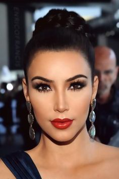 Kim Kardashian - pretty #redcarpet makeup. #makepinsruction