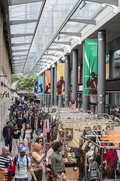 Places to go in London - Spitalfields Market has a great selection of stalls and shops | pic: Spitalfields E1