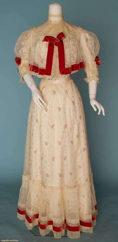 Sprigged White Silk Tea Gown, C. 1905, Augusta Auctions, November 14, 2012 NEW YORK CITY, Lot 302