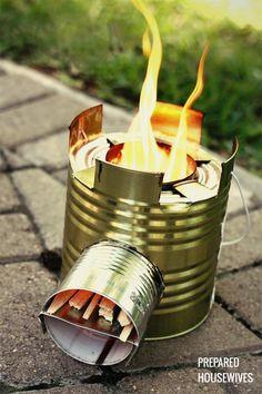 """Einen """"Rocket Stove"""" (Raketen-Ofen) selber bauen - eine DIY-Bauanleitung für einen kleinen Outdoor-Ofen zum Kochen mit Holzzweigen, gebaut aus Blechdosen."""