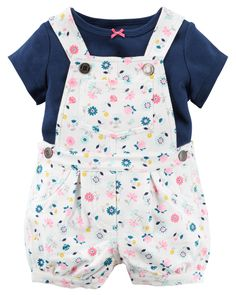 In a fresh floral print, these cozy terry shortalls are made to be played in! A sweet satin bow adorns the coordinating soft cotton tee.