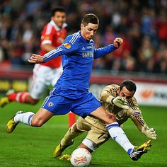 Fernando Torres struck first for Chelsea in the #EuropaLeague final