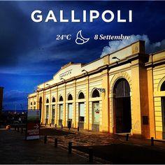 """Il """"Mercato Coperto"""" di Gallipoli Vecchia - The historic """"Covered Market"""" in Gallipoli's old city."""
