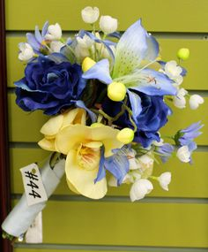 Blue+Yellow Bouquet by Crafts Direct