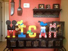 Disney inspirados 8 pulgadas pintado por PrettyPartiesndPaint, $19.00