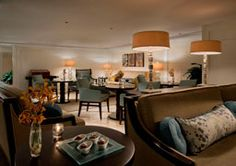Enjoy various snacks, sweets, beverages, and hors d'oeuvres between visits to the beach in the exclusive Club Lounge at The Ritz-Carlton, Fort Lauderdale.