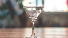 Vesper, Grey Goose cocktail, ricette cocktail da fare con la vodka Grey Goose