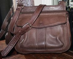 Fossil Brown Leather Crossbody Handbag #Fossil #MessengerCrossBody