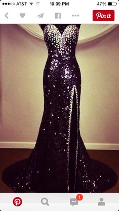 Prom dress Grad Dresses, Homecoming Dresses, Wedding Dresses, Dress Prom, Satin Dresses, Elegant Dresses, Pretty Dresses, Formal Gowns, Beautiful Gowns