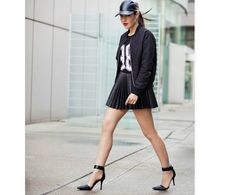 Toronto Shoes: Street Style Shoes from 2014 Fashion Week Street Style Women, Street Styles, Leather Skater Skirts, Leather Skirt, Toronto Fashion Week, Fashion Blogger Style, Fashion Bloggers, Gyaru, Womens Fashion For Work