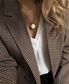 outfit with blazer Fall Fashion Outfits, Mode Outfits, Work Fashion, Winter Fashion, Womens Fashion, Fashion Fashion, Fashion Dresses, Looks Chic, Looks Style