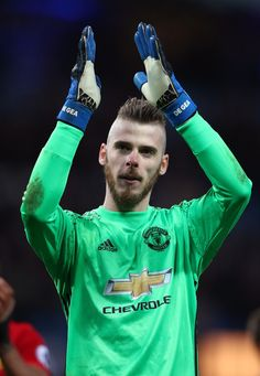 David De Gea of Manchester United appluads supporters during the Premier League match between Manchester City and Manchester United at Etihad Stadium on April 27, 2017 in Manchester, England.