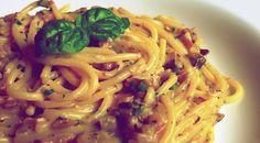 Mascarponés gombamártásba forgatott tészta Spaghetti, Ethnic Recipes, Food, Mushrooms, Essen, Meals, Yemek, Noodle, Eten