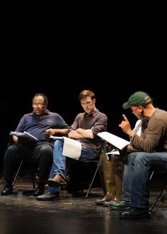 Shakespeare's language came alive in early October when TRTC Artistic Director John Dias, HENRY V director Michael Sexton, and cast members from HENRY V gave patrons an inside look at the production during a free open rehearsal. They explored the text of the play and conducted a Q session giving Shakespeare fans an opportunity to ask the cast questions about their acting techniques, the director's thoughts on Shakespeare and his modern take on HENRY V. Photo by Ozzie Rodriguez.