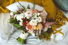 11 Bridal Bouquets That Have Us Feeling Fall. Photo by Whitney Darling Photography. WiBride.com