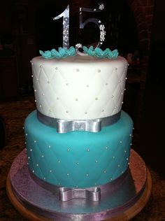 Tiffany Blue Cake As actually used a tiffany jewerly box to match this color. This cake served about 80 people (mayble more) i decided to. 15th Birthday Cakes, Sweet 16 Birthday Cake, Birthday Cakes For Teens, Teen Birthday, 13th Birthday, Gorgeous Cakes, Pretty Cakes, Cute Cakes, Fondant Cakes