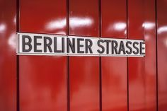 Australian photographer Kate Seabrook's photoblog,  with a photo of every station on every line of the Berlin U-Bahn.