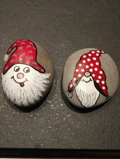 Painted rock ideas christmas 24 - A Steine bemalen - Christmas Rock, Christmas Crafts, Christmas Ornaments, Christmas Ideas, Christmas Design, Xmas, Rock Design, Space Painting, Diy Painting