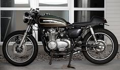 I'm thinking about doing something like this with my CB550, but I don't know. There's something about these bikes stock too...