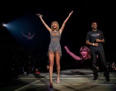 """Taylor Swift kicks off her L.A. & #39;1989 tour stop with Kobe Bryant, Ryan Tedder and more! During her now famous """"Style"""" catwalk, Taylor brought down the house, introducing L.A. Lakers star Kobe Bryant, """"Me being up here means I am the coolest dad to my kids,"""" Bryant said onstage."""
