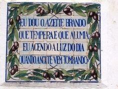 Panoramio - Photo of CORTES - LEIRIA - Painel de Azulejos