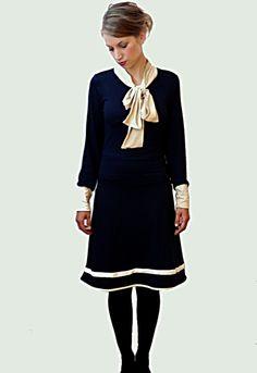 Hamburg - meine Perle! Zauberhaftes Jerseykleid für Matrosenmädchen. Wunderbar bequem und durch die Schleife auch sehr elegant aber dennoch alltags...