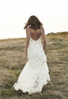 The Best Designers for Backless Wedding Dresses | Bridal Musings Wedding Blog 32