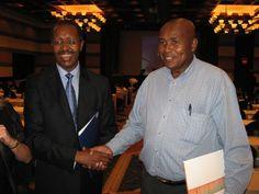 Dr Kekana with Prof Vilakazi at DDP Conference.JPG (640×480)