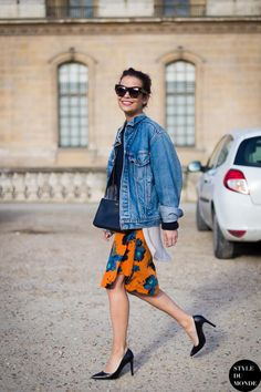 cat-eye sunglasses, oversized jean jacket, floral skirt & heels #style #fashion #streetstyle