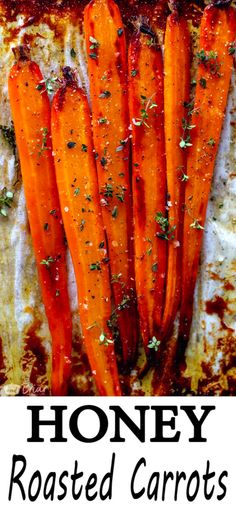 These Honey Roasted Carrots. Make these simple oven roasted carrots for an easy but impressive side dish for Easter or any other dinner! Best Carrot Recipe, Carrot Recipes, Vegetable Recipes, Easter Recipes, Veggie Dishes, Oven Roasted Carrots, Cooked Carrots, Glazed Carrots, Side Dish Recipes