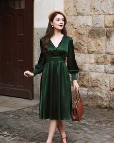 Eleanor Silk Dress – Gaâla Limited Collection, Collection Capsule, Robes Glamour, Fast Fashion, Womens Fashion, Clothes Crafts, Silk Dress, Favorite Color, Gowns