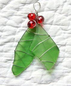 Handmade Jewelry – Sea Glass Treasures - RESERVED for swim 72 Sea Glass Christmas Tree by oceansbounty - Sea Glass Crafts, Sea Glass Art, Seashell Crafts, Beach Crafts, Stained Glass Art, Sea Glass Jewelry, Fused Glass, Sea Glass Decor, Silver Jewelry