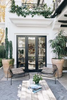 Awesome 30 best patio garden design ideas and low maintenance Source: worldeco . - Awesome 30 best patio garden design ideas and low maintenance Source: worldeco …… - Design Exterior, Patio Design, Wood Design, Chair Design, Modern Design, Patio Interior, Interior And Exterior, Black Exterior, Outdoor Spaces