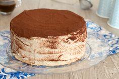 torta di crepes al tiramisù intera