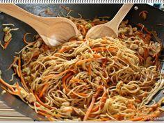 Paste cu legume si pui - in stil chinezesc, Rețetă Petitchef Wok, Yams, Tex Mex, Fajitas, Chinese Food, Japchae, Carne, Clean Eating, Food And Drink