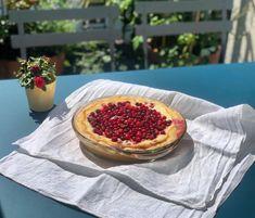 Wir haben das Rezept für den Blaubeerkuchen aus unserem Blog einfach angepasst! Super lecker 😋 #Cranberrypie #Rezept #Kuchen #KalevalaSpirit