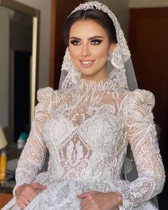 Modest Wedding Gowns, Lace Wedding, Couture Dresses, Bride, Muslim Fashion, Bridal Gowns, Boyfriends, Haute Couture Dresses, Wedding Bride