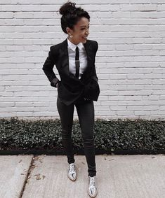 prom outfits for tomboys Tomboy Formal Outfits, Prom Suit Outfits, Lesbian Outfits, Komplette Outfits, Fashion Outfits, Suits For Prom, Fashion Styles, Fashion Clothes, Tomboy Fashion
