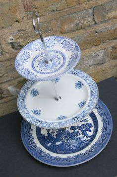 Blue and White ~ Blue Willow Pattern Cake Stand Vintage by butterflymindvintage