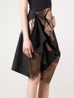 132 5. Issey Miyake Short Foil Crinkle Skirt - Joan Shepp - Farfetch.com