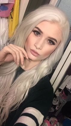Are you the one who is looking for a great substitute to the standard lip piercings? If yes, then you can try Jestrum Lip Piercing. The Jestrum piercing is Hair Inspo, Hair Inspiration, Cute Piercings, Facial Piercings, Platinum Blonde, Silver Hair, Hair Goals, New Hair, Blonde Hair