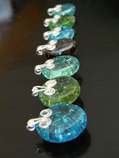..non*sense..: bake marbles made into these beautiful flat marble necklaces