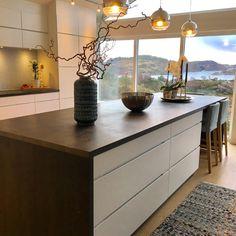 #kjøkken fra Kvik med øy som er et samlingspunkt i hverdagen og faktisk også et sted gjester setter seg mens vi lager mat. Buffet, Cabinet, Storage, Kitchen, Furniture, Home Decor, Clothes Stand, Cooking, Homemade Home Decor